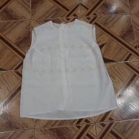 Отдается в дар блузочка 50 р-р