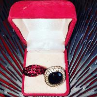 Отдается в дар Два кольца Сваровски на размер 16,5 — 17
