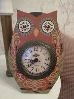 Отдается в дар Часы-сова.