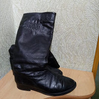 Отдается в дар Сапоги женские р39-40 натур кожа Еврозима