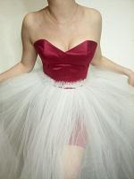 Отдается в дар Новое шикарное платье 2в1