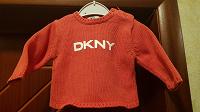 Отдается в дар Свитер DKNY 9-13 мес