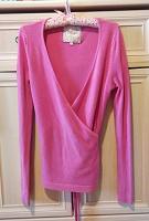 Отдается в дар Розовый джемпер на завязках