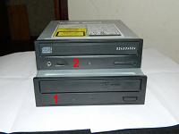 Отдается в дар CD и DVD приводы на интерфейс IDE