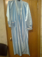 Отдается в дар Голубой шелковый халат большого размера на ХМ