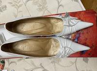 Отдается в дар Туфли кожаные 39