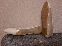 Отдается в дар Летняя женская обувь