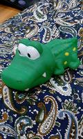 Отдается в дар Игрушка хитрый крокодил