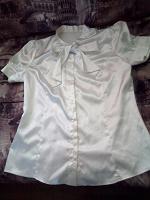 Отдается в дар Блузка белая с бантом