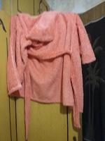 Отдается в дар Махровый халат детский