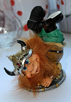 Отдается в дар Фигурка викинга