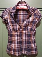 Отдается в дар Блузка-рубашка женская, клетчатая