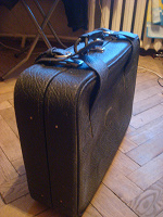 Отдается в дар Чёрный чемодан!!! (мягкий с рёбрами)