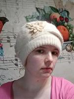 Отдается в дар Теплая женская шапка