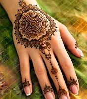 Отдается в дар Мехенди. Временные татуировки хной.