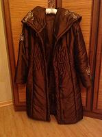 Отдается в дар Пальто с вышивкой