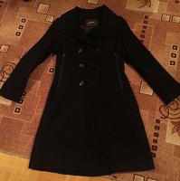 Отдается в дар Пальто женское чёрное 44-46р.