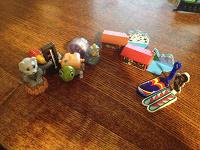 Отдается в дар Много мелких игрушек!