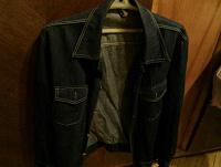 Отдается в дар Куртка мужская джинсовая 48