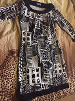 Отдается в дар платья женские 48 размер