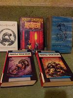 Отдается в дар Книги: фантастика и не только
