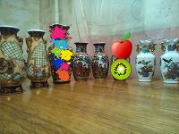 Отдается в дар Китайские маленькие вазы.