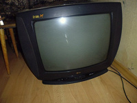 Отдается в дар телевизор и двд