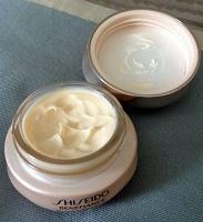Отдается в дар Крем для век Shiseido шисейдо