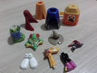Отдается в дар Детали игрушек киндер-сюрпризов.