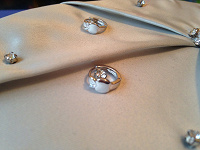 Отдается в дар Новые серебряные серьги в честь моего дня рождения, который состоится 2 марта!