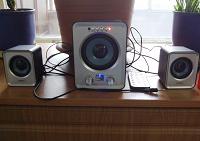 Отдается в дар Акустическая система SmartBuy Buzz с FM и MP3