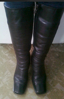 Отдается в дар Сапоги высокий каблук, удобная колодка, б/у зимние, кожа натур,37 р/р стелька 25 см.