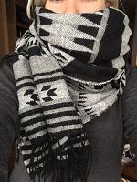 Отдается в дар Большой шарф