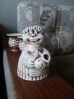 Отдается в дар Оригинальный чайник с двумя чашками