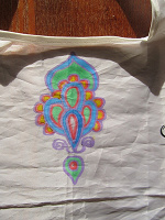 Отдается в дар Рисунок фломастером по ткани