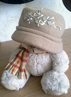 Отдается в дар шляпка женская р.55