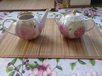 Отдается в дар Чайник и сахарница Дулево. Фарфор.