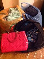 Отдается в дар 2 пакета вещей на девушку 20+ размером 40-42