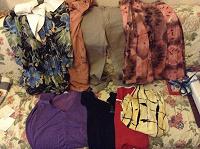 Отдается в дар Пакет женской одежды 44 размер