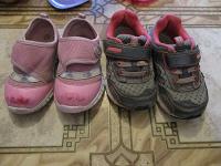 Отдается в дар Обувь для маленьких девочек