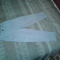 Отдается в дар дарю брюки для девочки на рост 135 см.