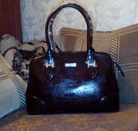 Отдается в дар сумка женская темно-коричневая состояние новой