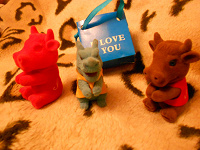 Отдается в дар фигурки игрушки