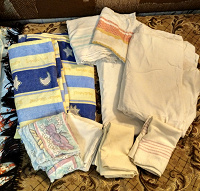 Отдается в дар Постельное белье полотенце