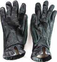 Отдается в дар перчатки чёрные кожа, ж.