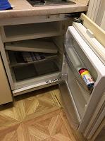 Отдается в дар Холодильник и телевизор