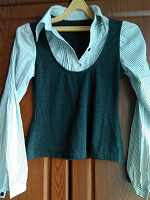Отдается в дар Серая блузочка на подростка в школу