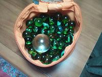 Отдается в дар Декоративные стеклянные шарики.