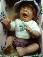 Отдается в дар Кукла виниловая коллекционная или играть