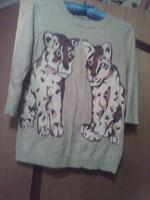 Отдается в дар свитер 42